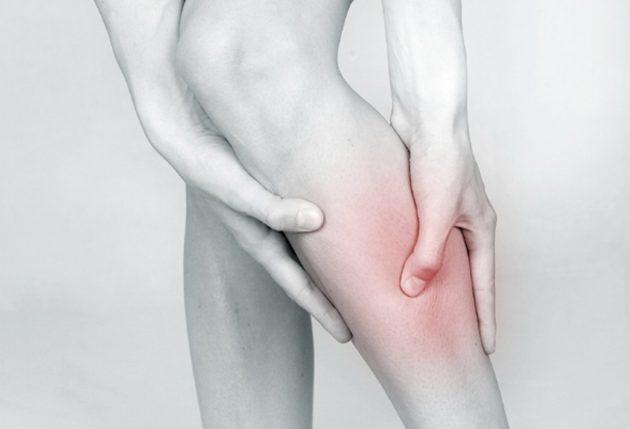 Боль и тяжесть в ногах как симптом хронических болезней вен