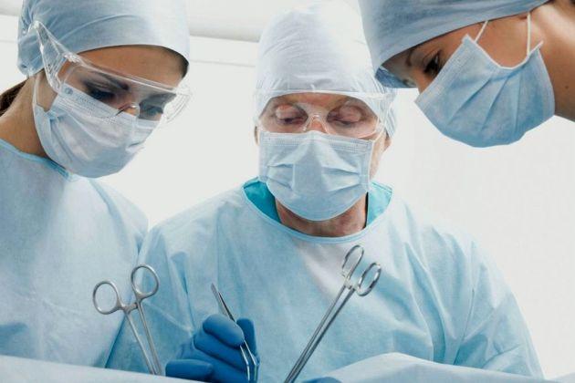 хирургическое лечение геморроя у мужчин