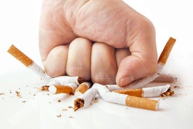 отказ от курения для профилактики набухших вен