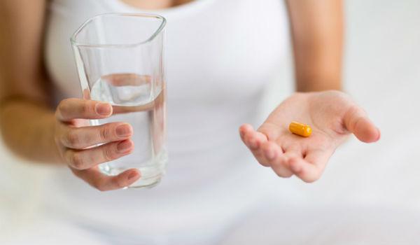 прием нестероидного обезболивающего препарата при остром тромбофлебите
